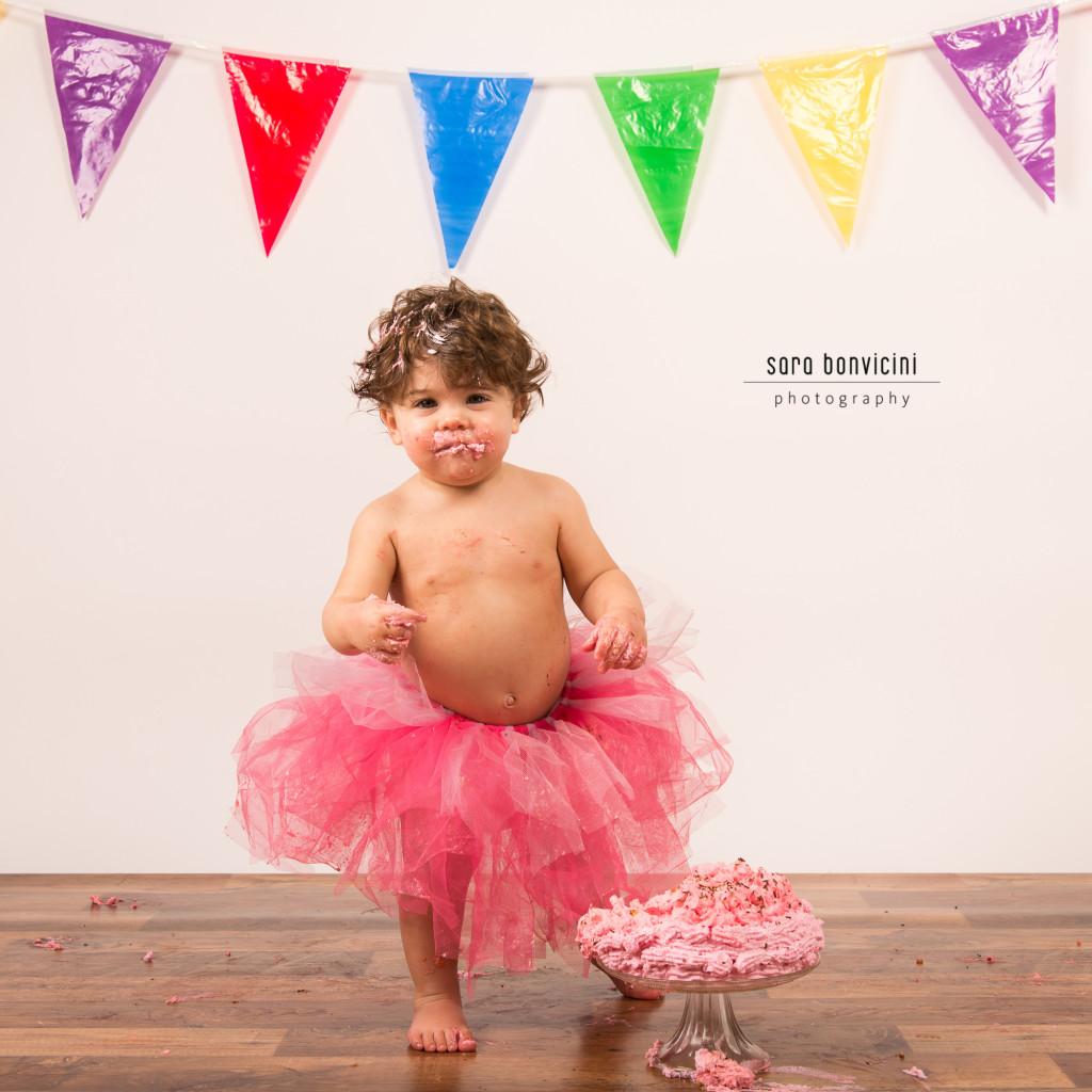 smash cake   alice 1 anno_fotografo bambini a rimini _Sara Bonvicini 14