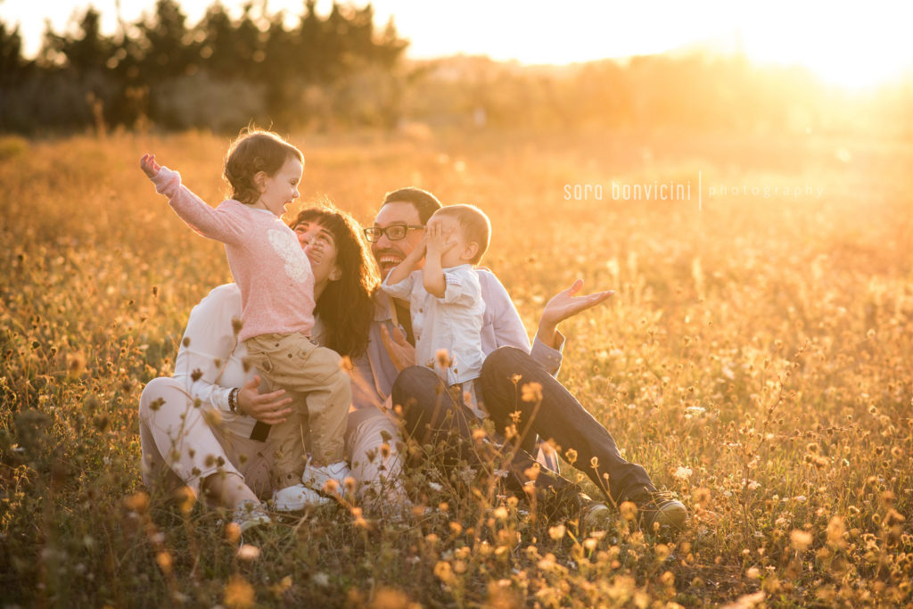 fotografo specializzato in ritratti spontanei di famiglia a Rimini