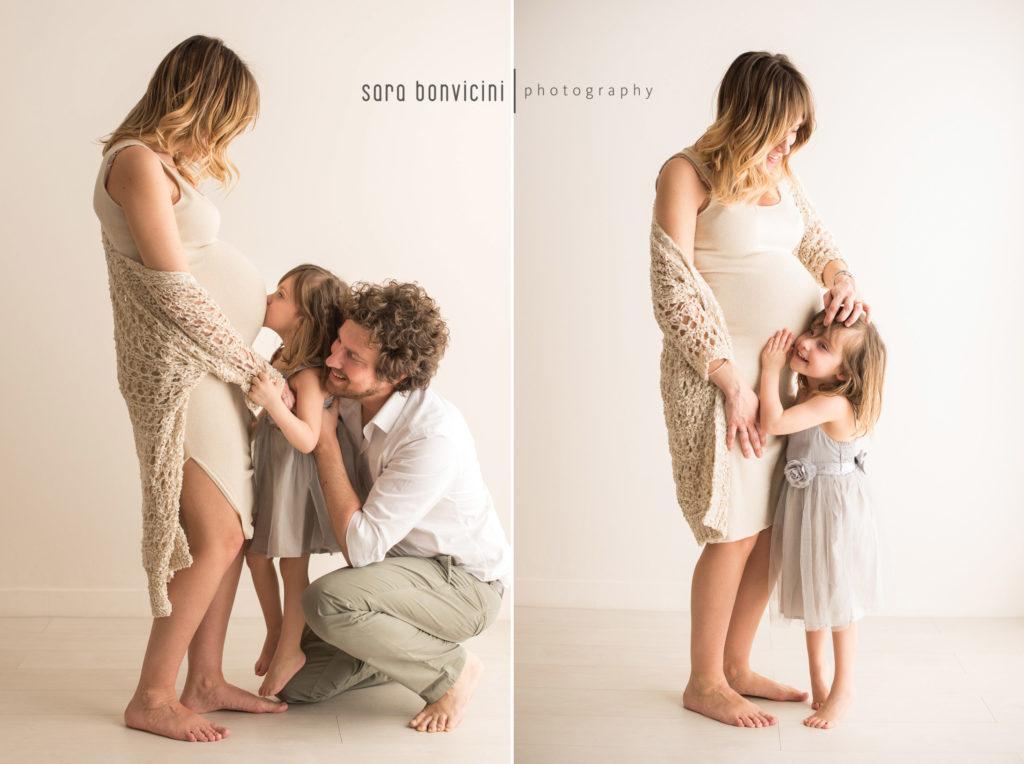 foto in gravidanza con tutta la famiglia