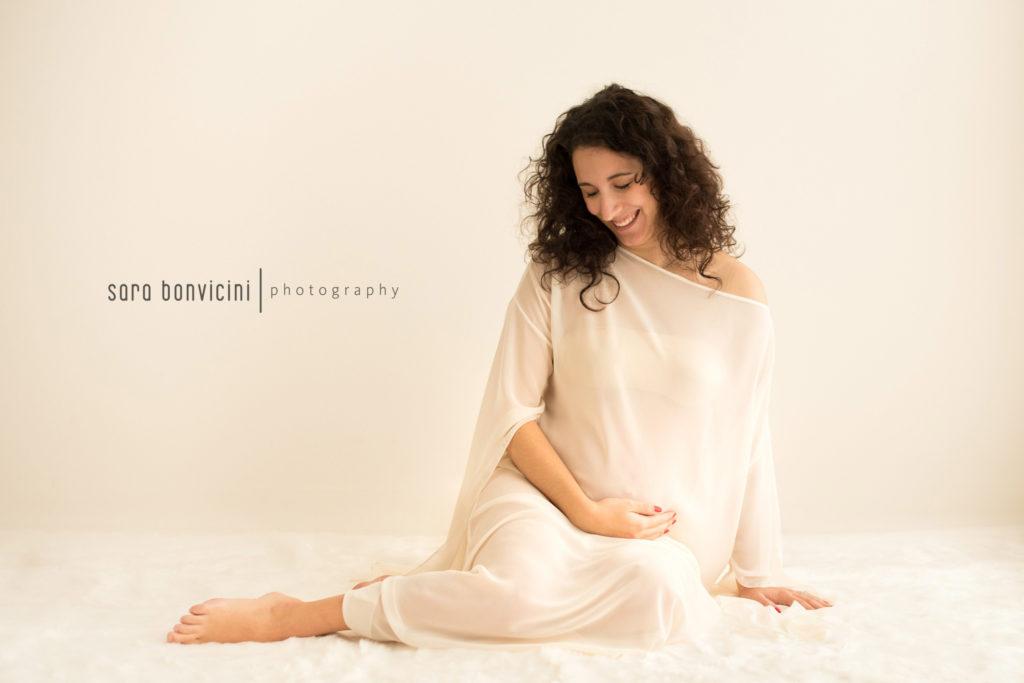 fotografo a rimini specializzato in maternità, neonati e bambini