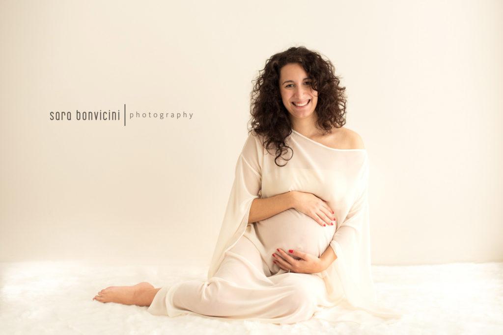 sentirsi bella nelle foto in gravidanza