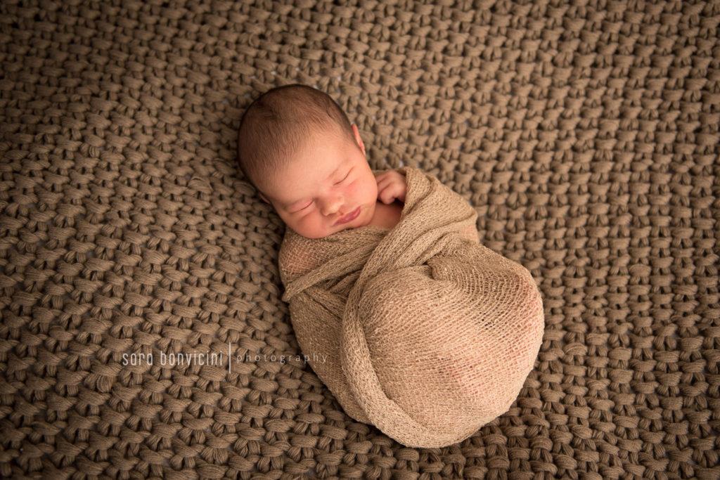 foto a neonati nati da pochi giorni a Rimini